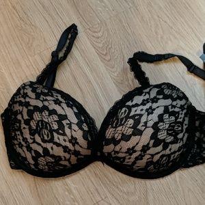 Aerie black and nude bra